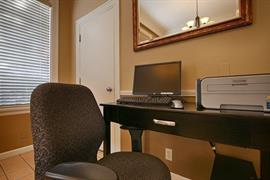 48021_006_Businesscenter
