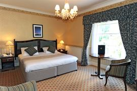 lamphey-court-hotel-bedrooms-12-83424