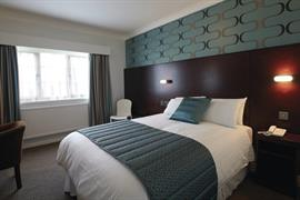 lancashire-manor-hotel-bedrooms-01-83923
