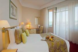 93514_006_Guestroom