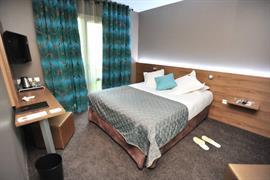 93472_006_Guestroom