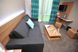 93472_007_Guestroom
