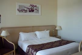 93285_007_Guestroom