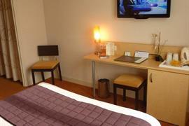 93612_007_Guestroom