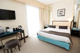 93254_007_Guestroom