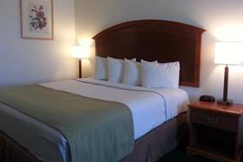05612_007_Guestroom