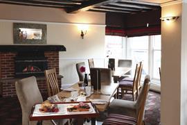 lion-hotel-dining-12-83723