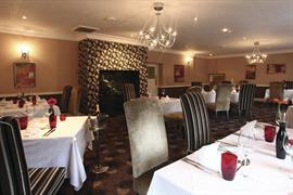 lion-hotel-dining-15-83723