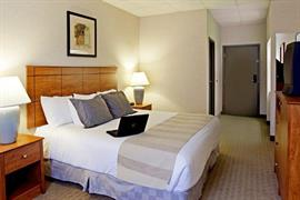 39088_004_Guestroom