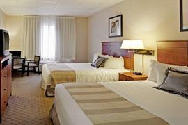 39088_005_Guestroom