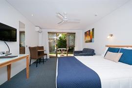 90971_005_Guestroom