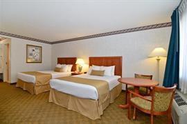 44421_007_Guestroom