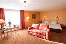 93552_005_Guestroom
