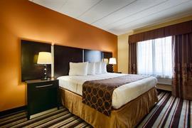 36151_004_Guestroom