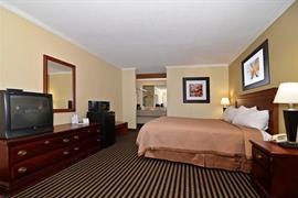 43152_005_Guestroom