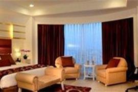 76549_005_Guestroom