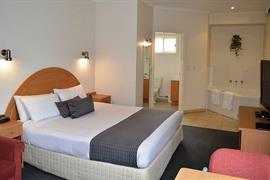 97322_003_Guestroom