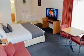 97322_006_Guestroom