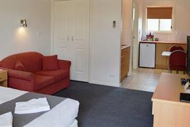 97322_007_Guestroom