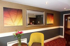 milton-keynes-hotel-grounds-and-hotel-01-83989