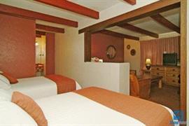32038_007_Guestroom