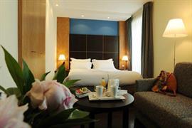93366_007_Guestroom