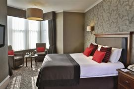moorings-hotel-bedrooms-01-83544