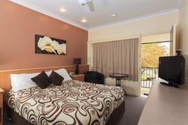 90400_007_Guestroom