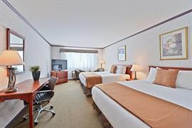 62085_006_Guestroom