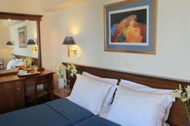 77548_007_Guestroom
