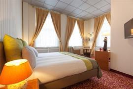 92579_007_Guestroom