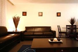90980_005_Guestroom