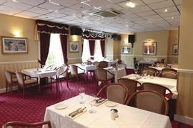 new-kent-hotel-dining-11-83326