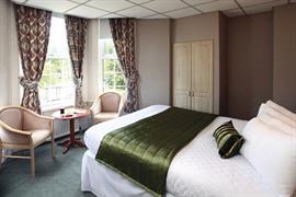 new-kent-hotel-bedrooms-10-83326