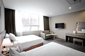99504_005_Guestroom