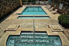 43078_002_Pool