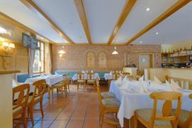 95469_005_Restaurant
