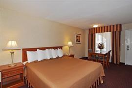 05402_006_Guestroom