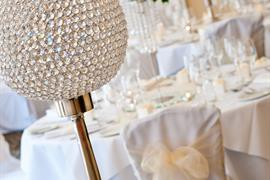 oaklands-hall-wedding-events-08-83943-OP