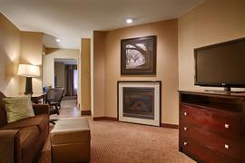 19024_004_Guestroom