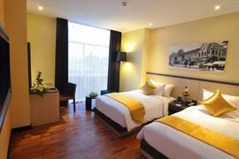 99040_007_Guestroom