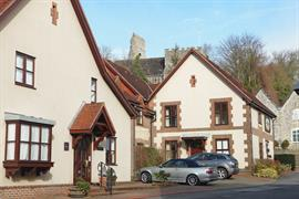 old-tollgate-hotel-grounds-and-hotel-09-83346