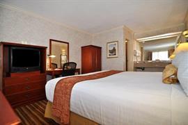 05630_005_Guestroom