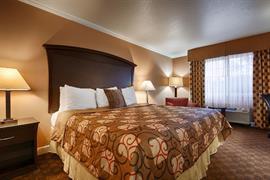 05610_007_Guestroom