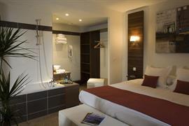 93656_006_Guestroom