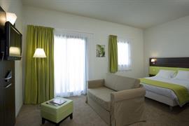 93656_007_Guestroom