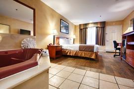 05652_007_Guestroom