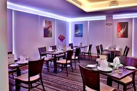 palm-hotel-dining-11-83924
