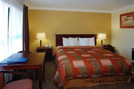 05067_025_Guestroom