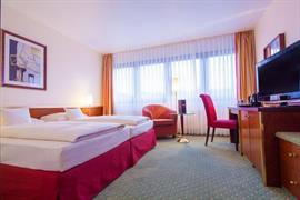 95254_002_Guestroom